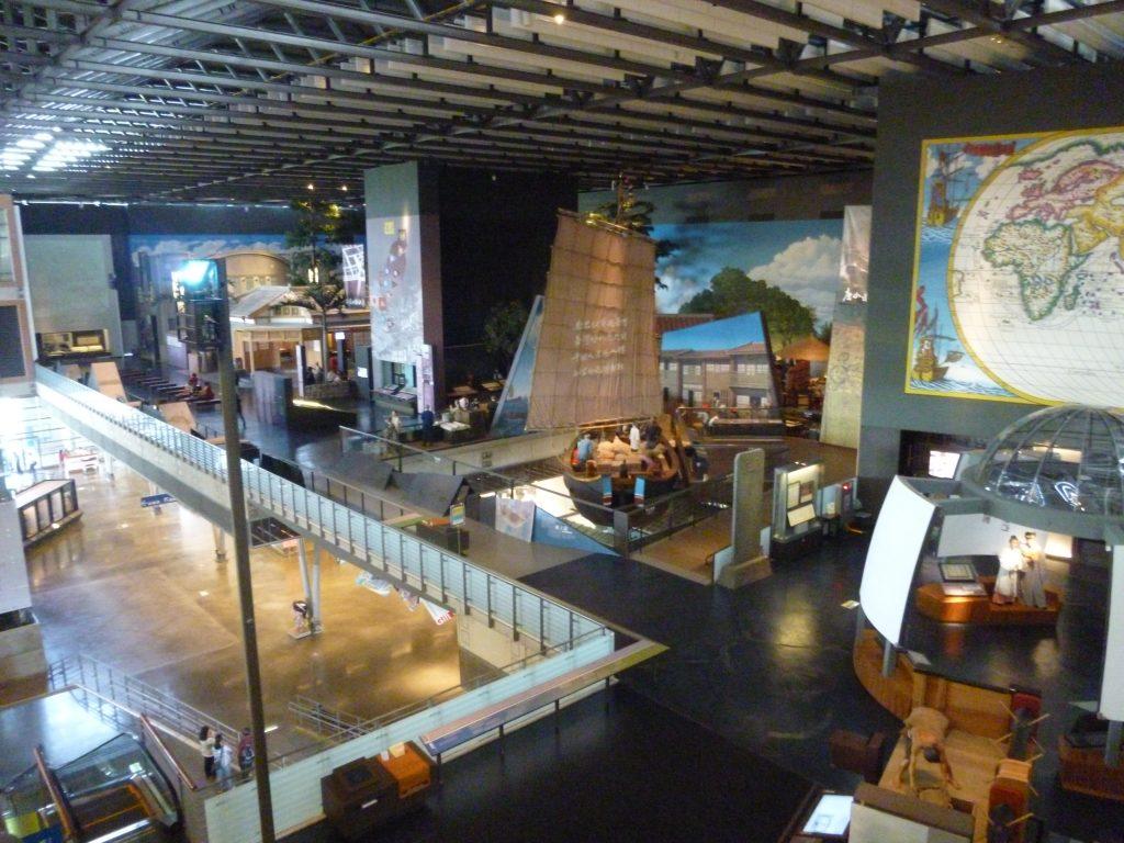 2011年11月に開館した国立台湾歴史博物館は、台湾の歴史文化遺産を紹介し、8万点以上の収蔵品を所持しています。